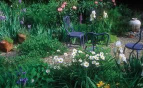 Cottages Gardens - cottage garden with a twist fine gardening
