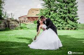 Wedding In The Backyard Edmonton Wedding Photographers Crafters Imagework Edmonton