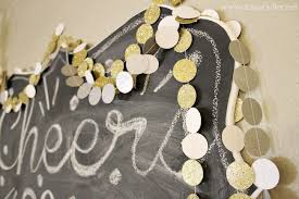 New Years Eve Black And White Decorations by 10 Black White And Gold Diys For Your Gorgeous New Year U0027s Party