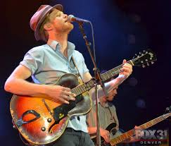 Light Up Rocks by Photos The Lumineers Light Up Red Rocks Amphitheatre Fox31 Denver