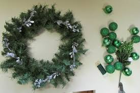 it u0027s easy to decorate an artificial christmas wreath fred
