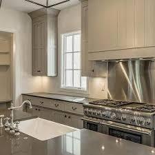Shiplap Kitchen Cooktop Backsplash Design Ideas - Stainless steel cooktop backsplash
