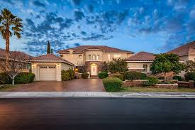 beautiful hlaomes for sale las vegas nevada by robert