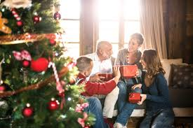 tips to save money on holiday shopping reader u0027s digest