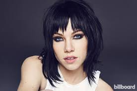 carly rae jepsen hairstyle back carly rae jepsen talks bonding with her fellow grease live
