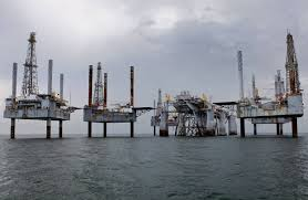 offshore drillers u0027 problem few oil firms need their rigs wsj