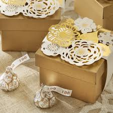 wedding favor containers favor tins with i do hershey s kisses chocolates