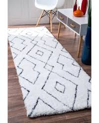 Plush Runner Rugs Here S A Great Price On Nuloom Handmade Soft And Plush