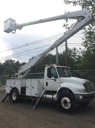 2009 international 4300 altec 60 u2032 bucket boom utility truck diesel