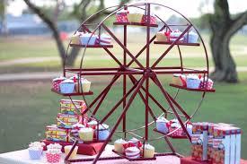 ferris wheel revolving cupcake stand