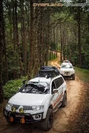 land rover pajero 20 best pajero sport images on pinterest 4x4 car and off road