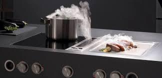 cuisiner avec l induction cuisine contemporaine en inox avec îlot professionnelle by