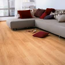 Quick Step Laminate Flooring Suppliers Quickstep Perspective Varnished Beech Planks Uf866 Laminate