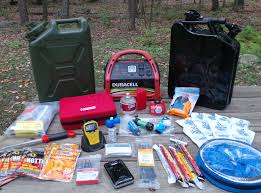 must have home items 10 must have prepping winter car kit or get home bag items youtube