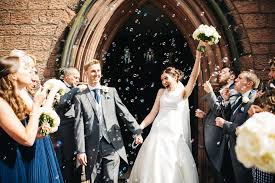 wedding bubbles a banksy and confetti for a heartfelt city wedding