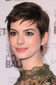 anne hathaway short haircut brown elfin pixie cut with long side