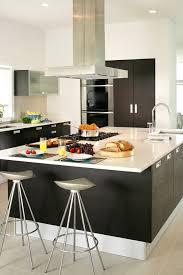 cuisine mur noir emejing cuisine beige et noir gallery design trends 2017