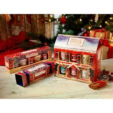 christmas gift sets yankee candle christmas 12 votive house gift set from aroma