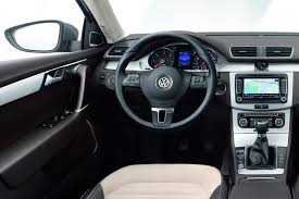 New Passat Interior Paris Show 2011 Vw Passat Sedan And Estate B7 Or More Like B6 75
