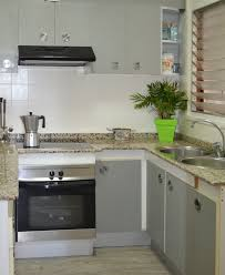how much paint will i need for kitchen cabinets transformation of a formica kitchen pintyplus