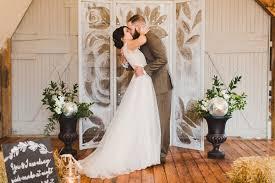 Wedding Backdrop Diy Diy Screen Painting Backdrop Ruffled