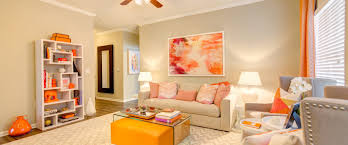 2 Bedroom Apartments In North Carolina Crowne Gardens Stylish Apartments In Greensboro North Carolina