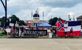 Flag Burning Protest Confederate Flag Divisive At U Southern Mississippi