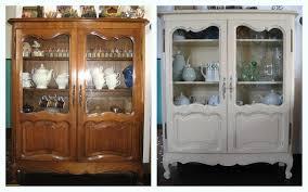 peinturer armoire de cuisine en bois peindre une hotte de cuisine en bois mzaol com peinture meuble