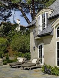 gorgeous stucco home plan 023d 0004 houseplansandmore com