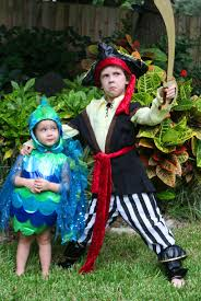 family halloween costumes 2014 family halloween costumes from chasing fireflies take time for style