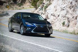 lexus es in malaysia facelifted lexus es 350 and es 300h unveiled u2013 drive safe and fast