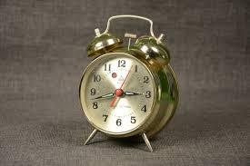 gold mechanical alarm clock baoshi vintage desk clock wind up