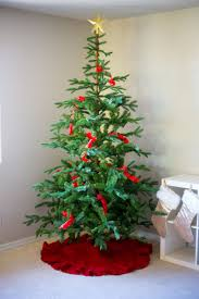 part 2 how to decorate your christmas tree with ornaments and
