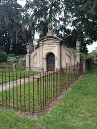 category metairie cemetery