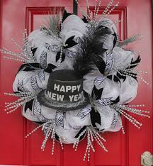 Black And White New Years Eve Party Decorations by Delightful New Year Eve Party Home Decoration Contains Entrancing
