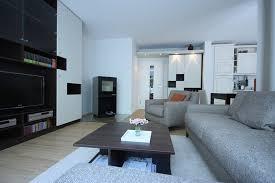 wohnzimmer gestaltung wohnzimmergestaltung mit modernem kamin raumax