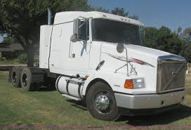 2013 volvo semi 1998 volvo wia semi truck item h6282 sold october 22 tr