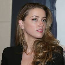 Heard Amber Heard With Pink Hair Pictures Popsugar Celebrity