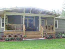 Decorating Ideas For Manufactured Homes This Is A Example Mobile Home Skirting Vinyl Mobile Homes Ideas