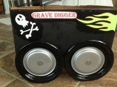 coolest homemade grave digger monster truck halloween costume