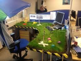 Office Desk Prank Irti Picture 4903 Tags Office Prank Grass Desk Crocket