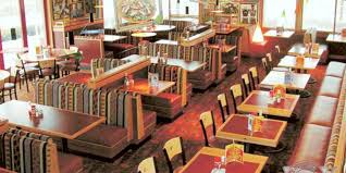 Restaurant Booths And Tables by Red Robin Restaurants