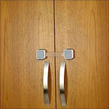 Child Proofing Cabinet Doors Cupboard Door Child Locks Arbeitenundmehr Me