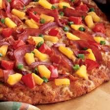 round table maui zaui special round table pizza 13 photos 16 reviews pizza 4510 s regal st