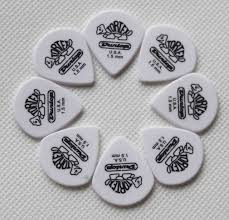 wholesale 100 pcs delrin heavy 1 5mm thickness guitar picks in