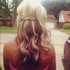 dark hair underneath light on top love the light pale blonde top layers with the medium ash brown