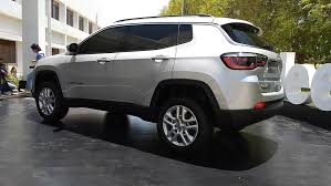 jeep compass wheels made in india jeep compass revealed throttle blips
