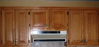 retaper armoire de cuisine armoire cuisine en bois cuisine armoires bois avant armoires en