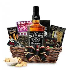bourbon gift basket send bourbon whiskey gift baskets online free shipping