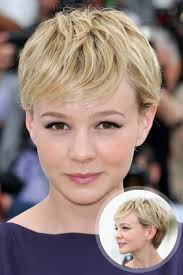 pixie hair cut with out bang carey mulligan s pixie cut with sideswept bangs 19 gorgeous